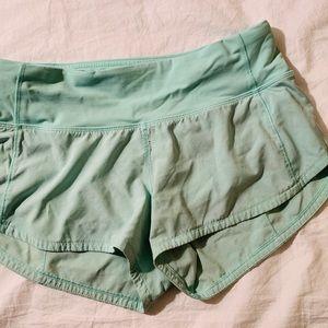 lululemon - Speed Up Shorts 2.5' Size 2 Mint Green